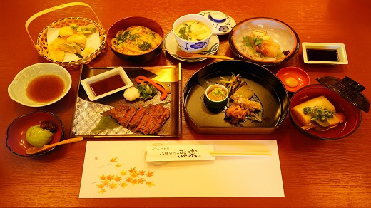 A meal at a restaurant specializing in Kyoto cuisine